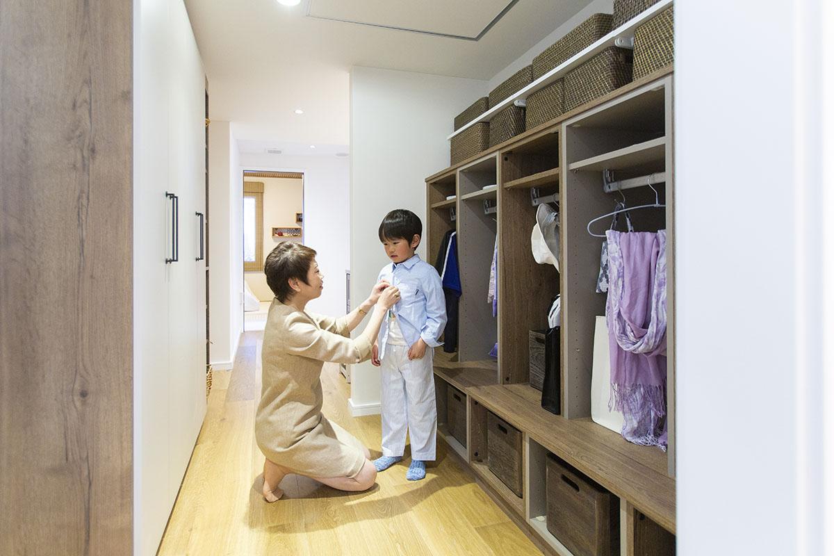 二世帯住宅のメリットは子供の面倒を見てもらえる、孫の成長を見守れること