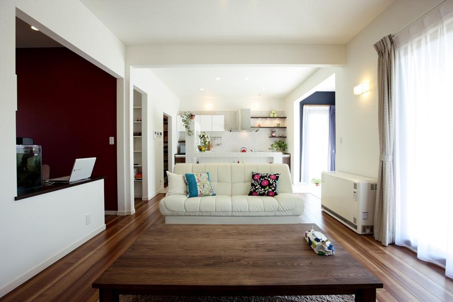 北洲ハウジングの家(「家族が一緒に過ごす時間を大切に」ご夫妻の想いが詰まった大屋根の家2)