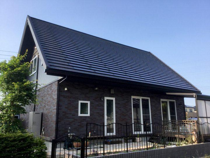 北洲ハウジングの三角屋根の家